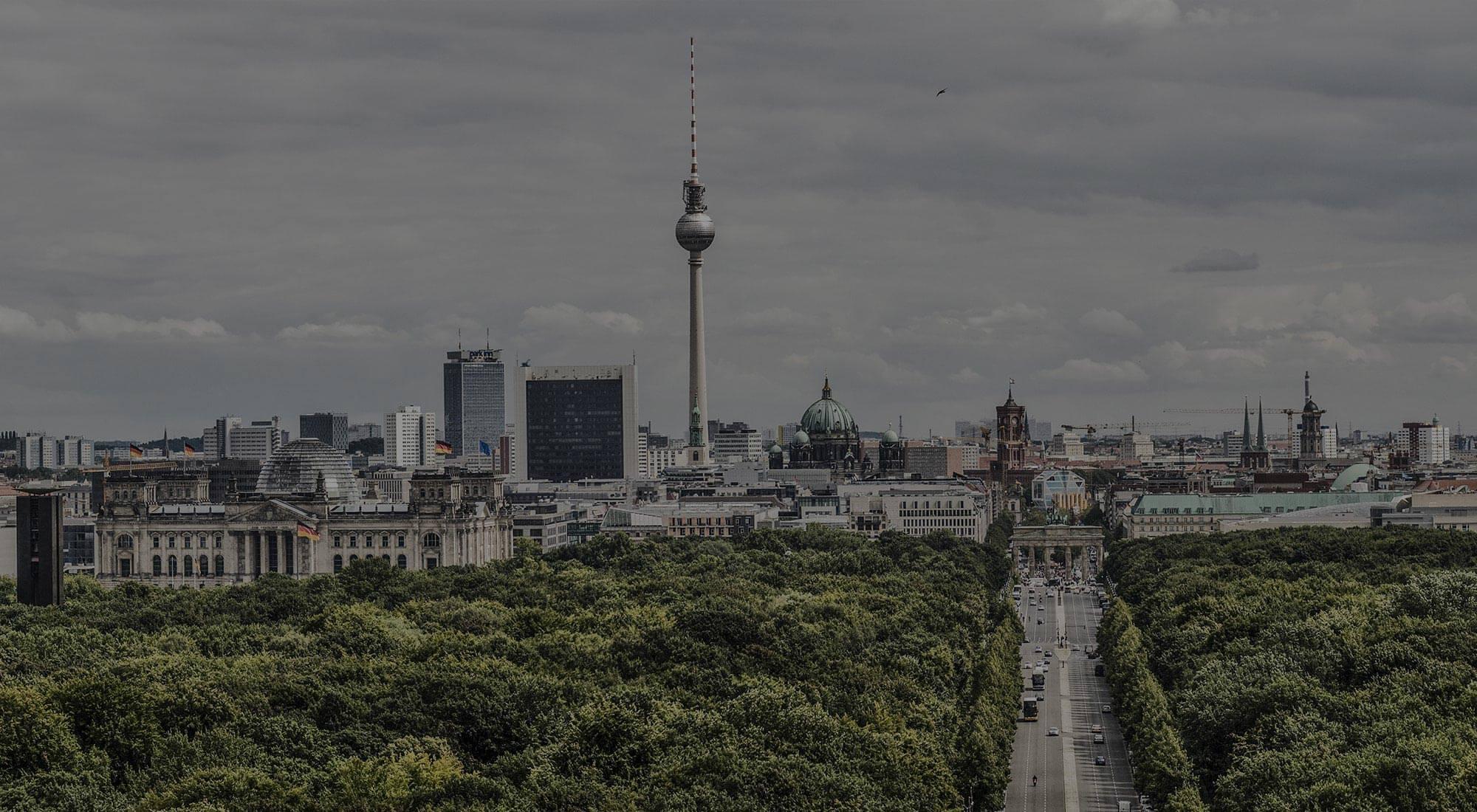 Interlutions Hauptstadtbüro. Kreuzberg. Wa!